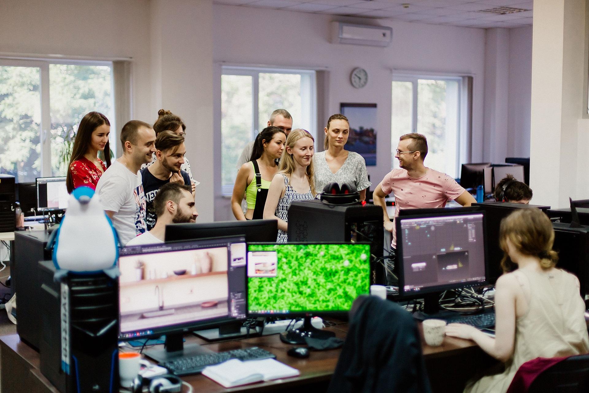 Група студентів у школі CGI