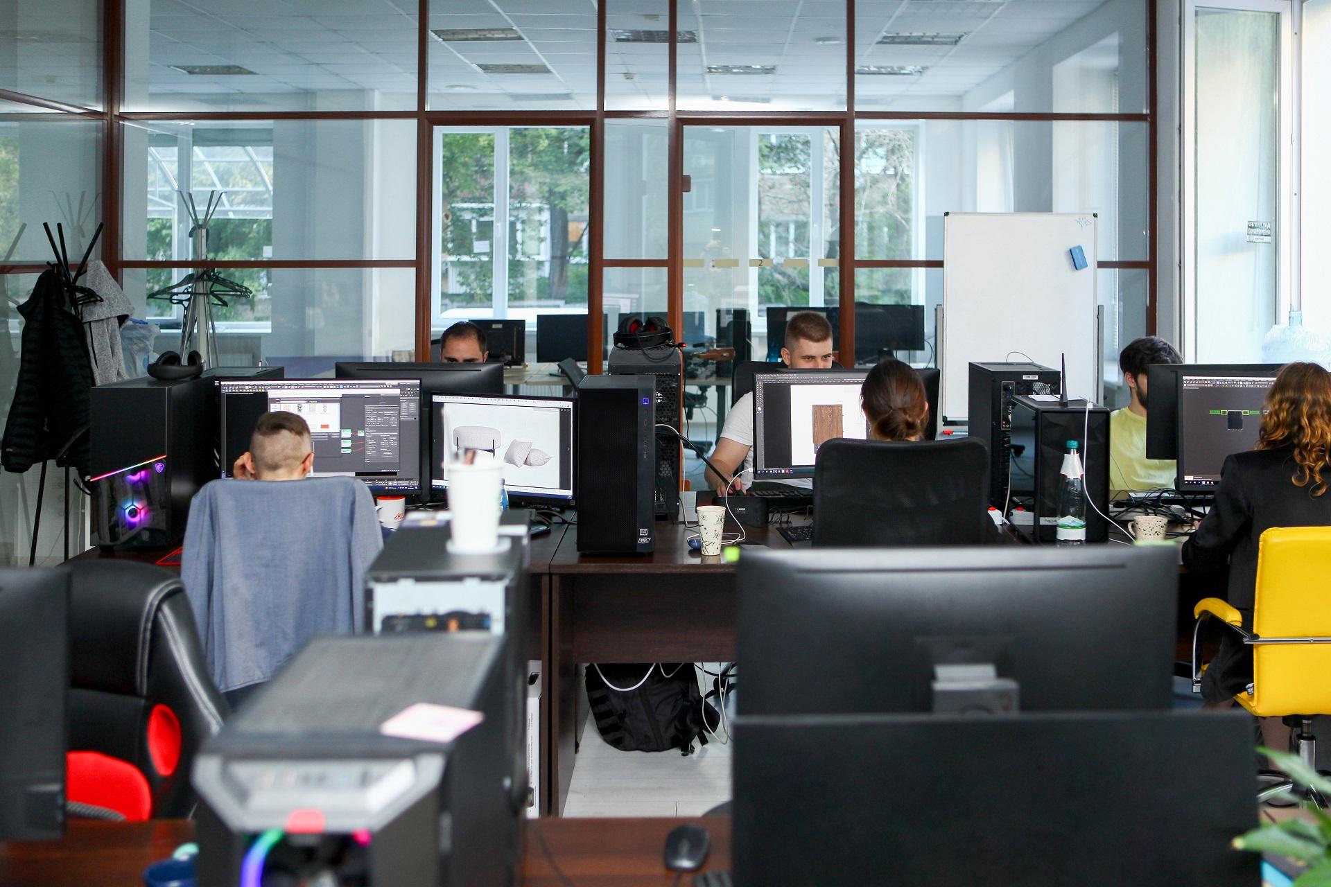 Студенты на курсе CGI BootCamp